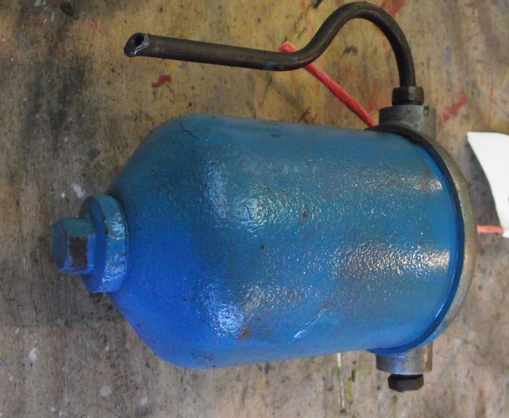 hight resolution of tractor fuel filter